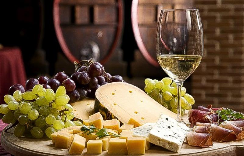 вино сыр итальянская еда деликатесы вкусно