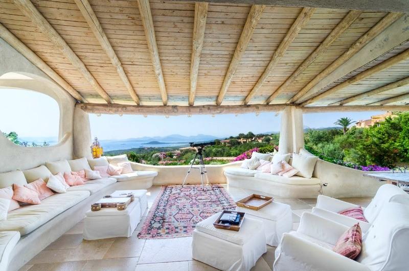 эксклюзивная шикарная вилла в аренду светлая острова сардиния италия